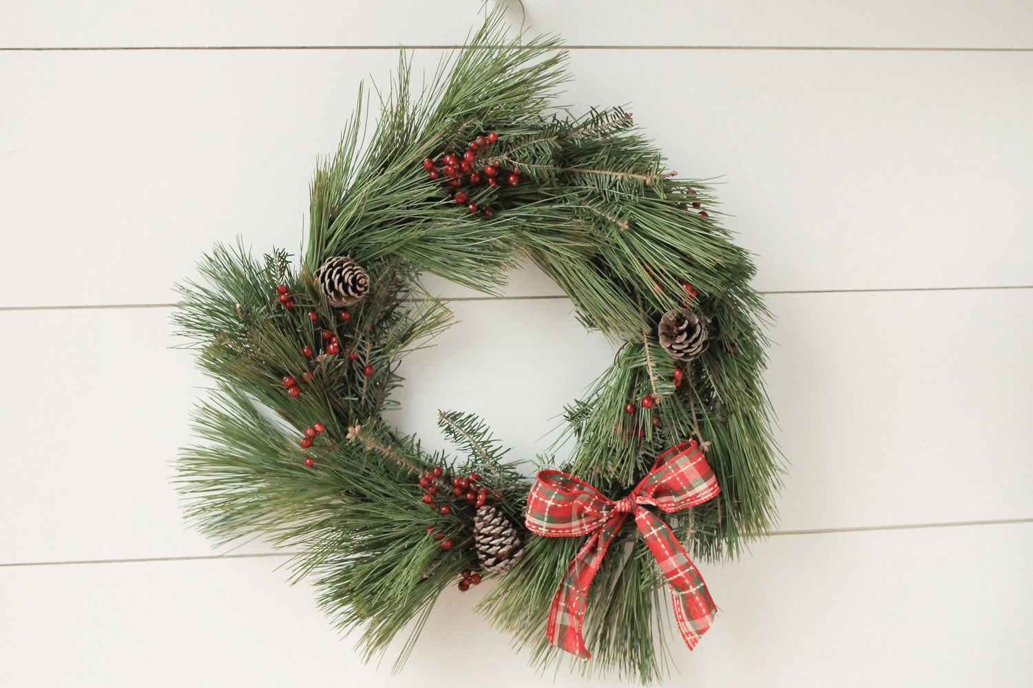 Diy Rustic Christmas Wreath Tutorial Angela Marie Made