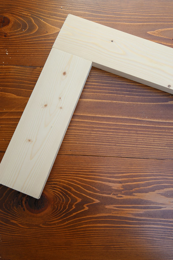 two pieces of wood joined together with Kreg Screws