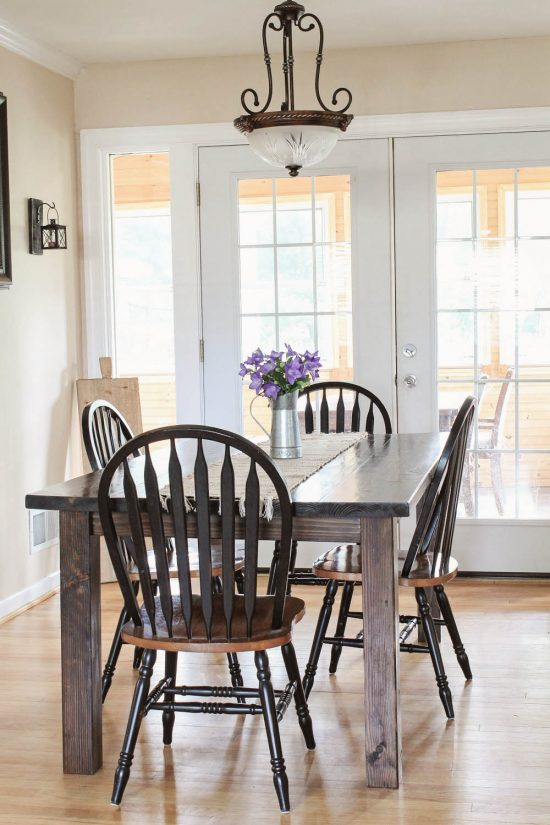 Farmhouse table DIY with removable legs