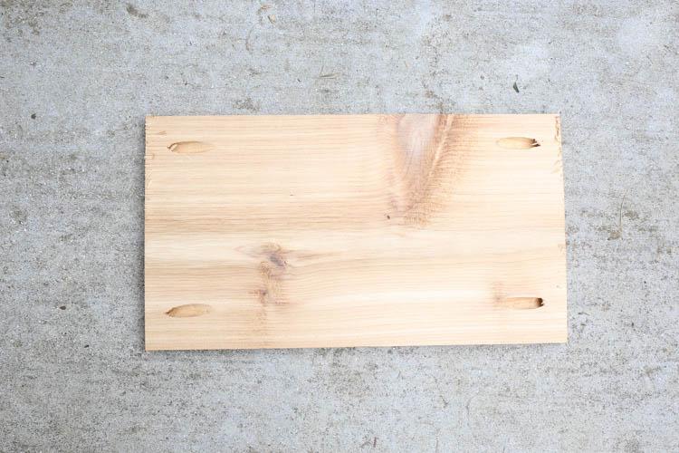 Add pocket holes to wood cedar wood boards