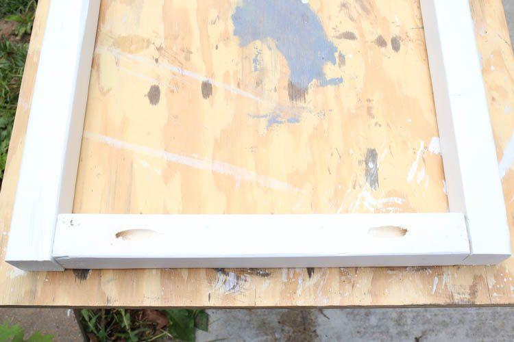fixation des panneaux de cadre du support de jardinière avec des vis Kreg