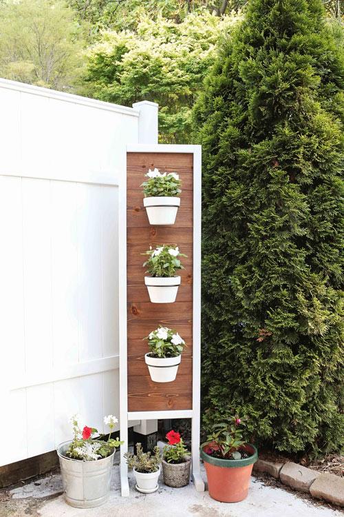 diy vertical garden on back patio