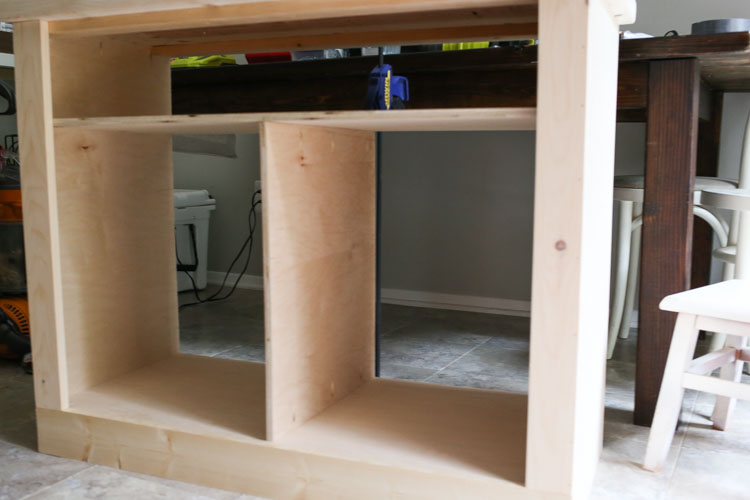 Attaching middle divider to DIY Rustic TV Stand