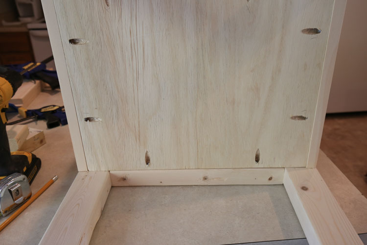 attach bathroom vanity base board with pocket holes and kreg screws