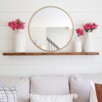 floating shelf with hidden brackets