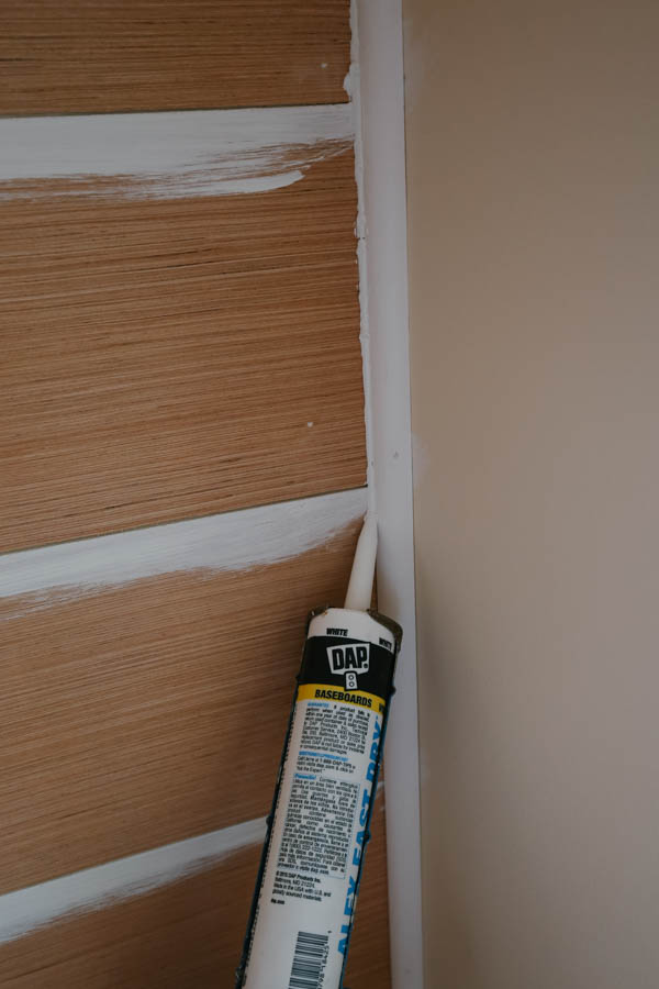 Caulking inside wall edge corner