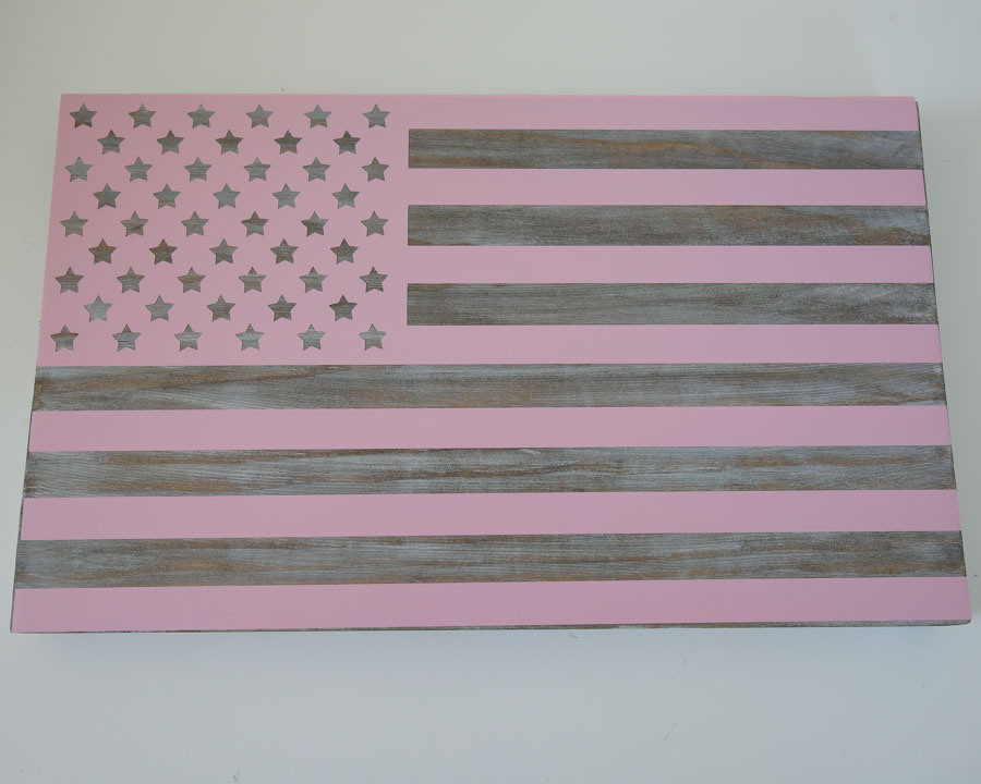 apply american flag vinyl stencil to wood board