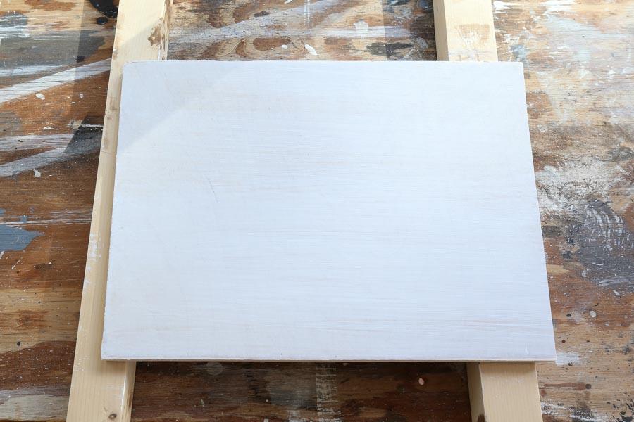 apprêter le panneau de fond de panneau en bois