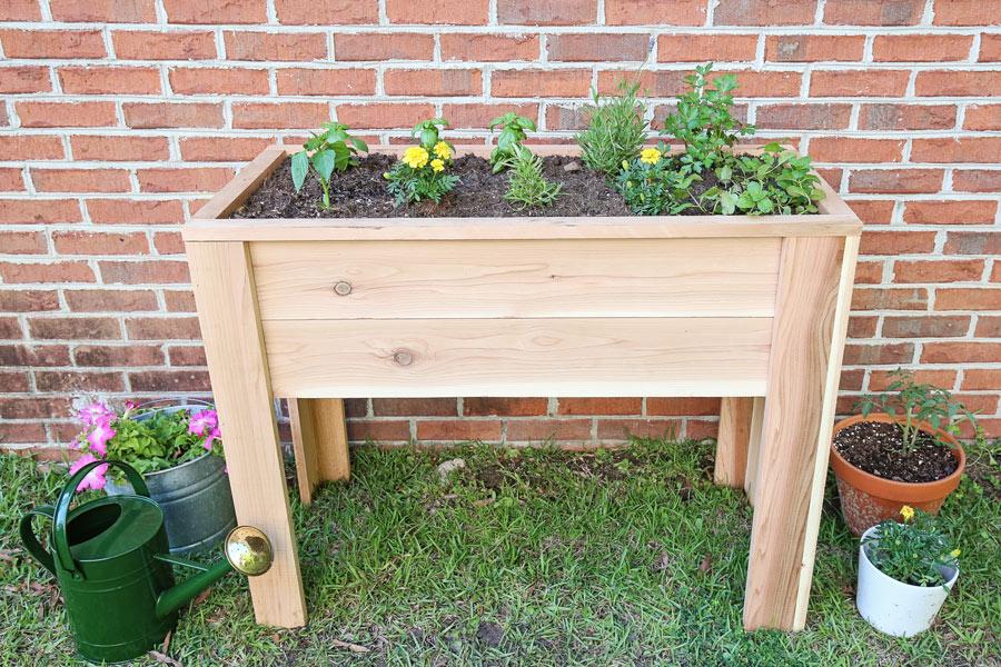 diy raised garden bed with legs