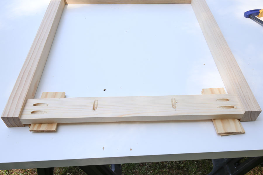 Assemble the sides of the desk frame with kreg screws and attaching desk aprons