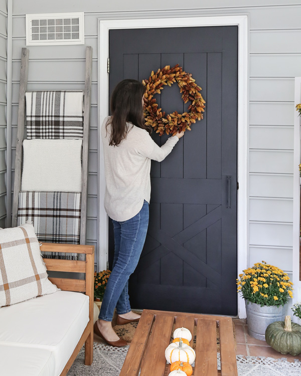 hanging a fall wreath