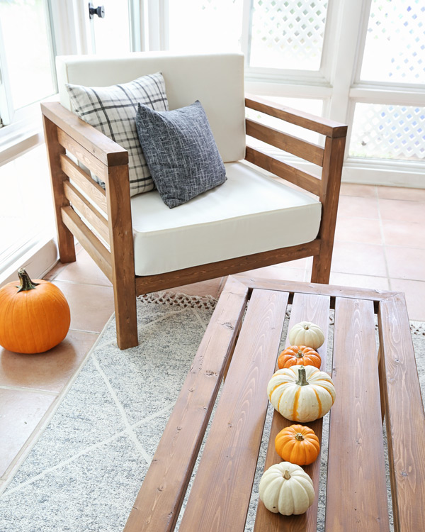 pumpkins on porch coffee table