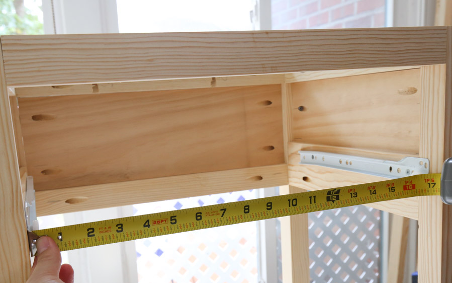 measure size of nightstand drawer box