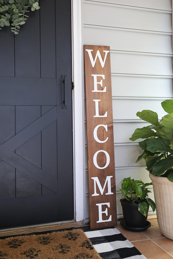 DIY welcome porch sign