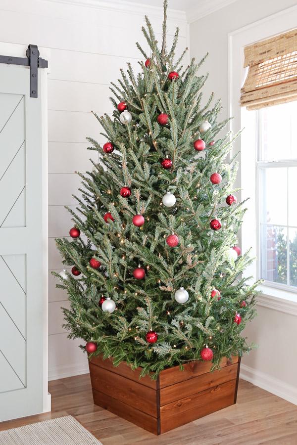 wood diy christmas tree stand cover with christmas tree