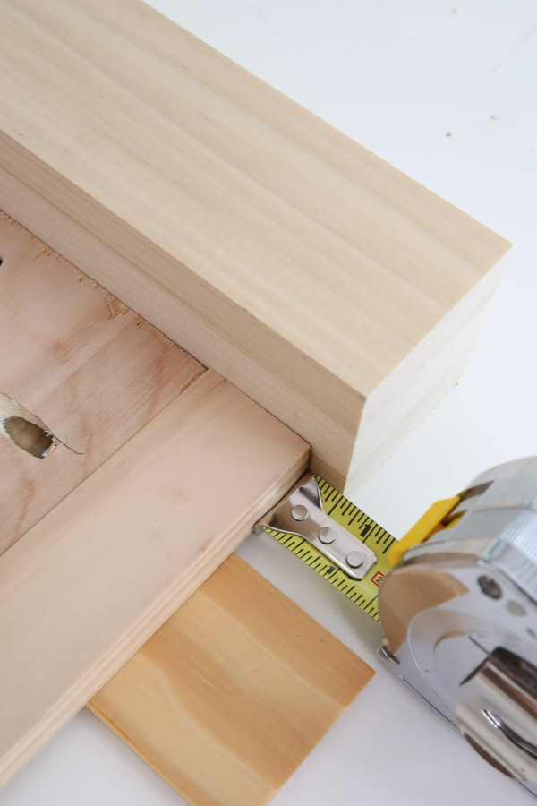 """measure 1/2"""" space from top of leg when attaching front frame"""