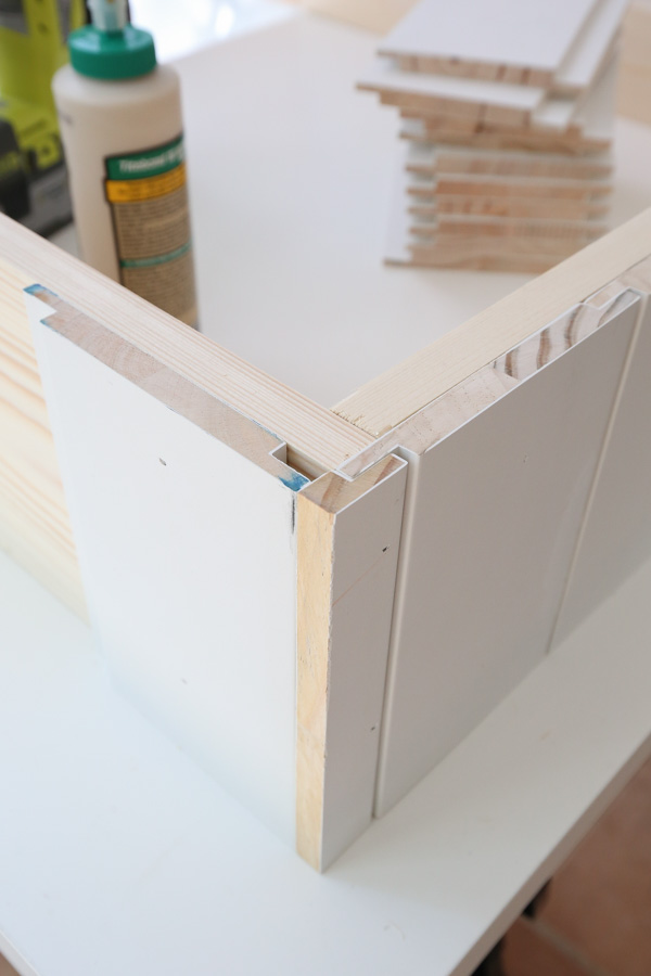 how to custom cut shiplap for side corner of dog bed