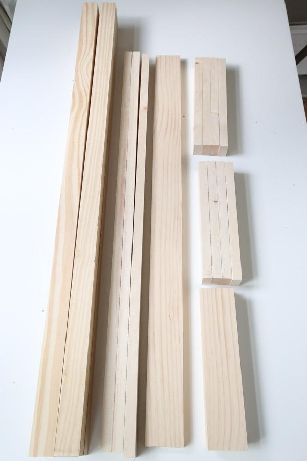 lumber cuts for bookshelf