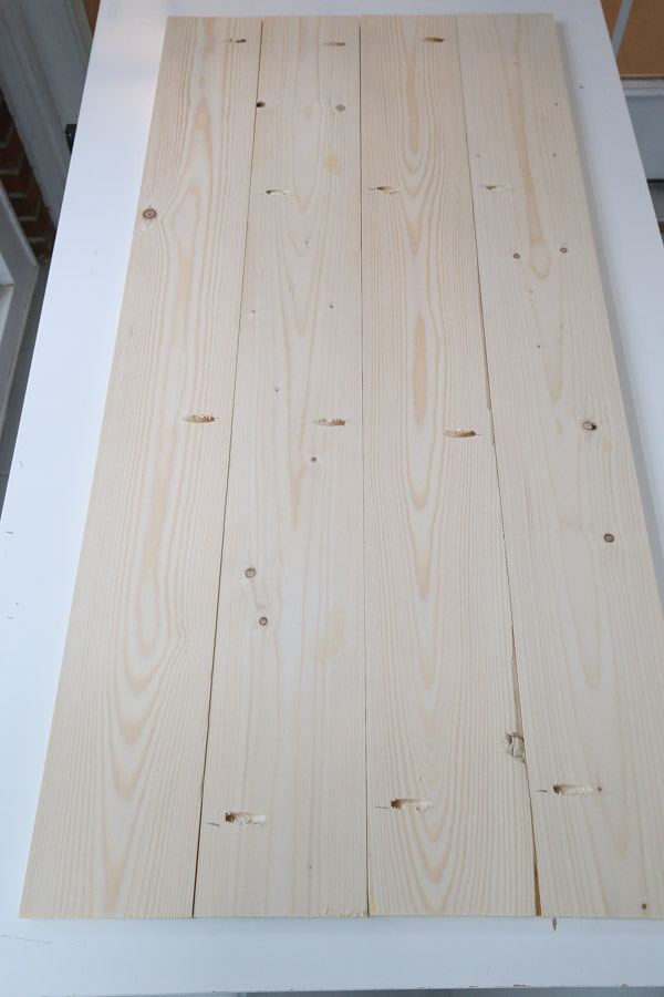 lay out 1x6 boards with pocket holes for desk top