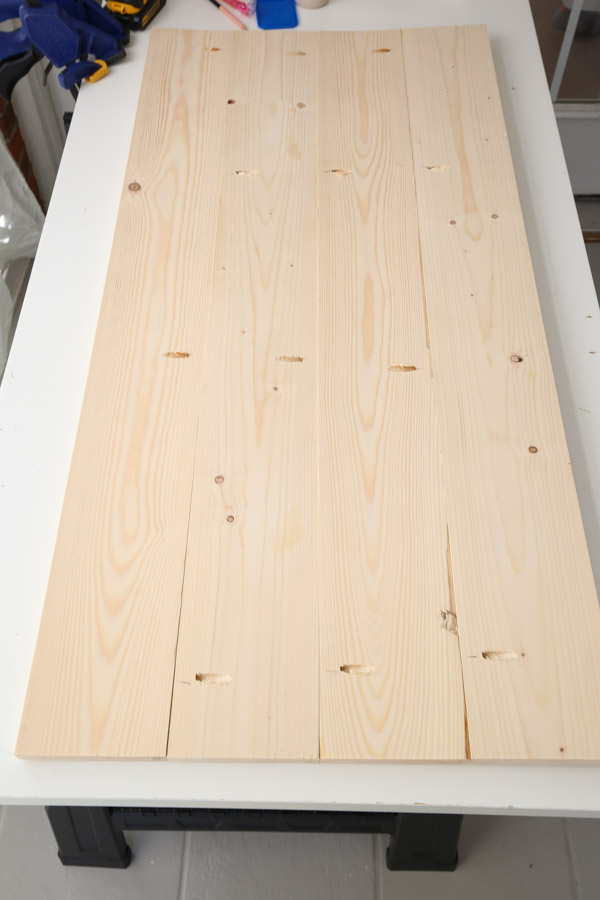 assembled desk top with 1x6 boards