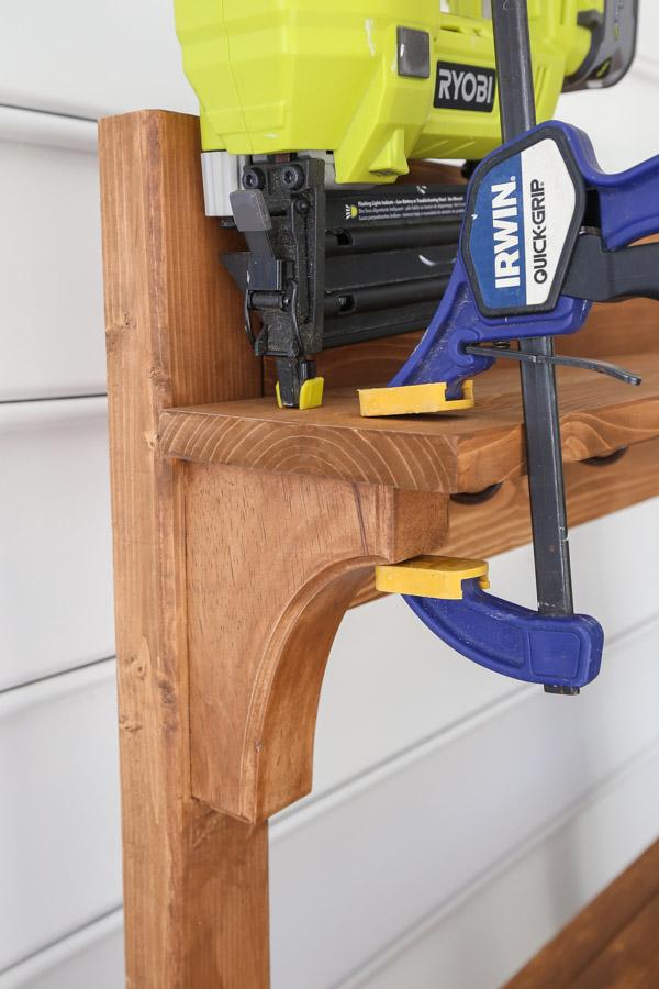 attaching top shelf to corbels for DIY potting bench