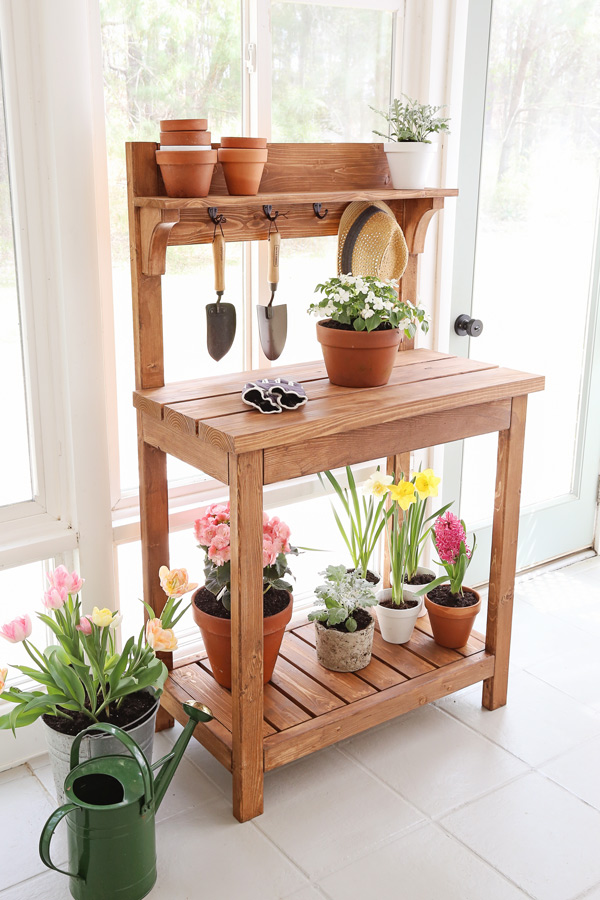 DIY potting bench with flowers