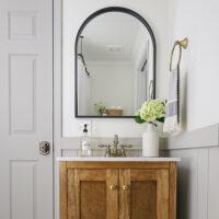 small DIY bathroom makeover on a budget