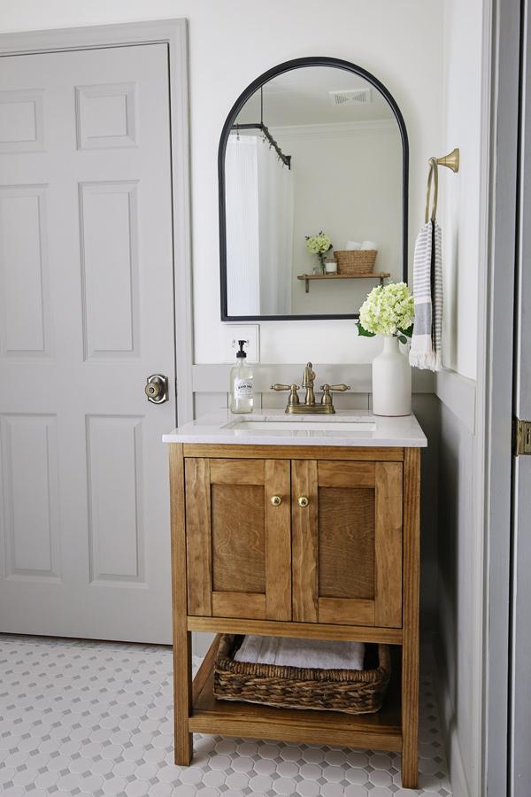 diy bathroom makeover on a budget