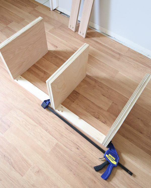 attaching bench side board and middle board together with 1x3 and Kreg screws