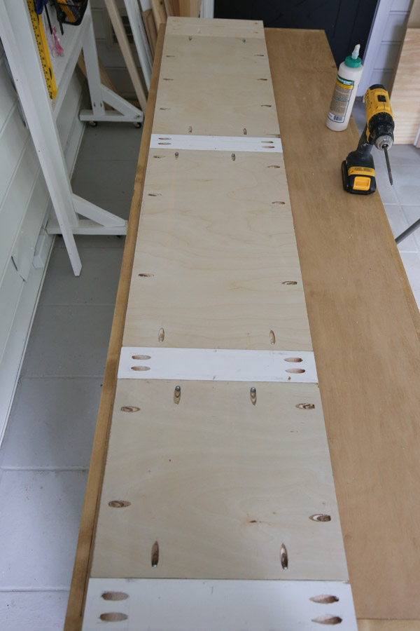 attaching large cabinet door together with wood glue and Kreg screws